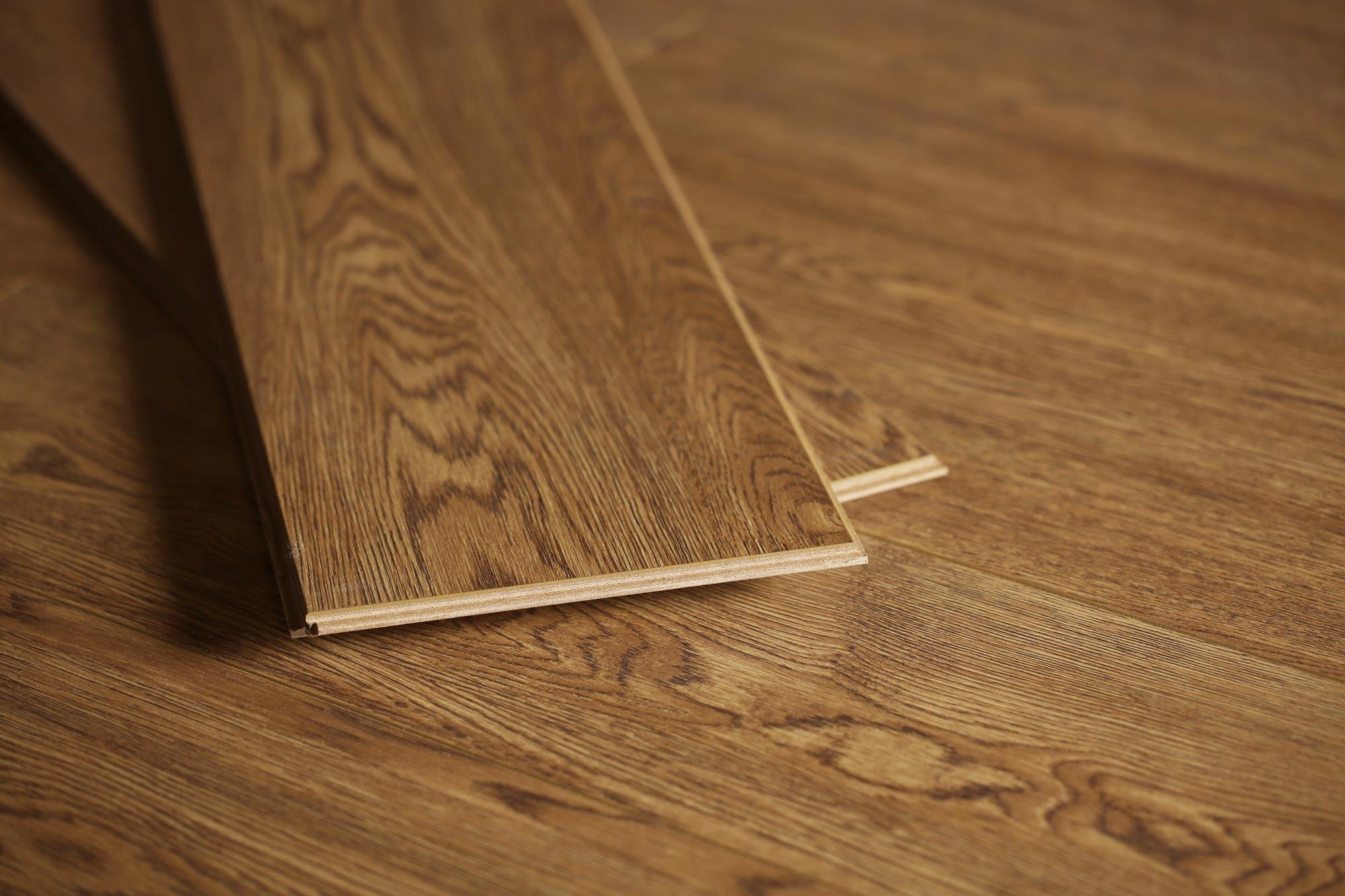 芭提雅橡木强化地板
